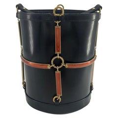 GUCCI Horsebit Shoulder bag in Black Leather