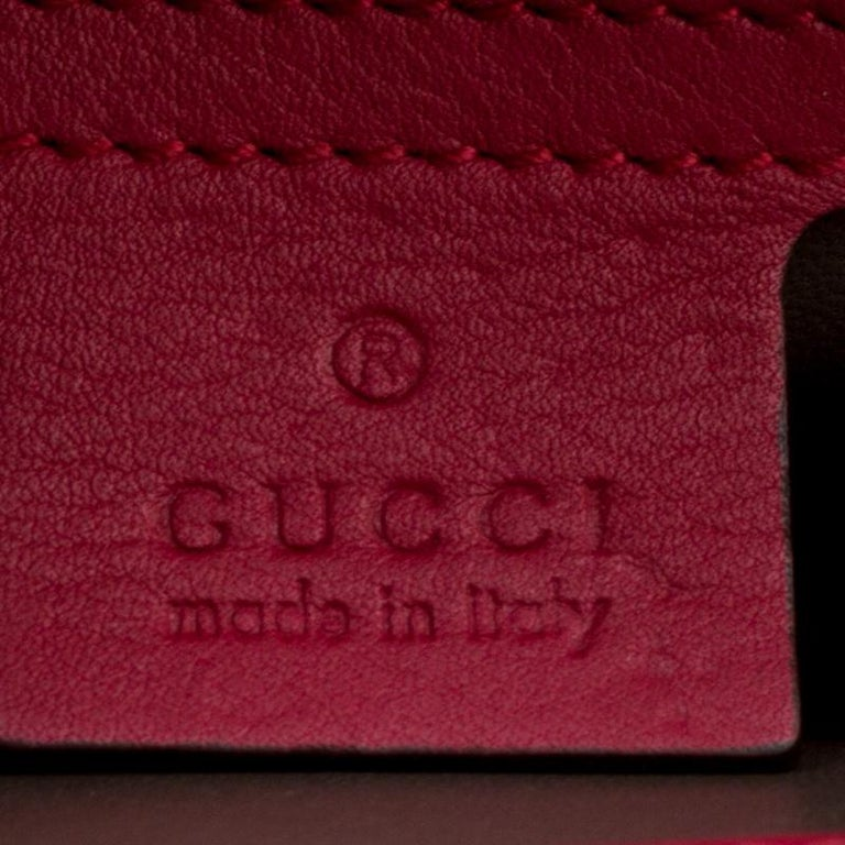 Gucci Hot Pink Patent Leather GG Interlocking Shoulder Bag For Sale 1