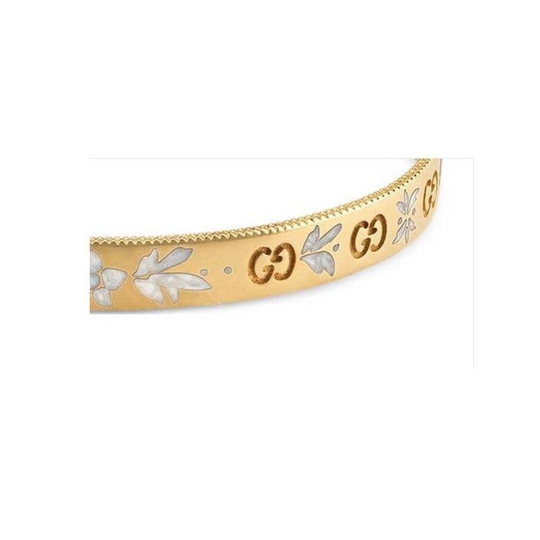 75867088c Women's or Men's Gucci Icon Blossom Yellow Gold Cuff Bangle YBA434528001017  For Sale