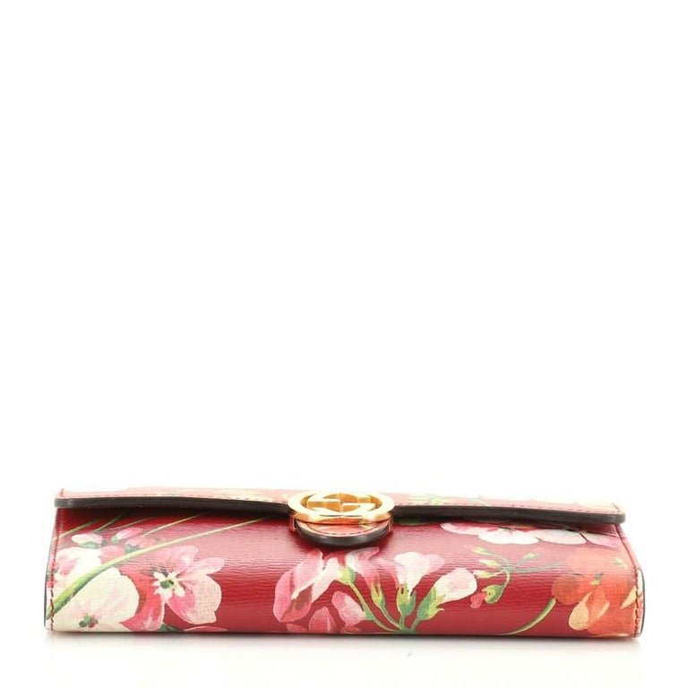 Women's or Men's Gucci Icon Continental Wallet Blooms Print Leather For Sale