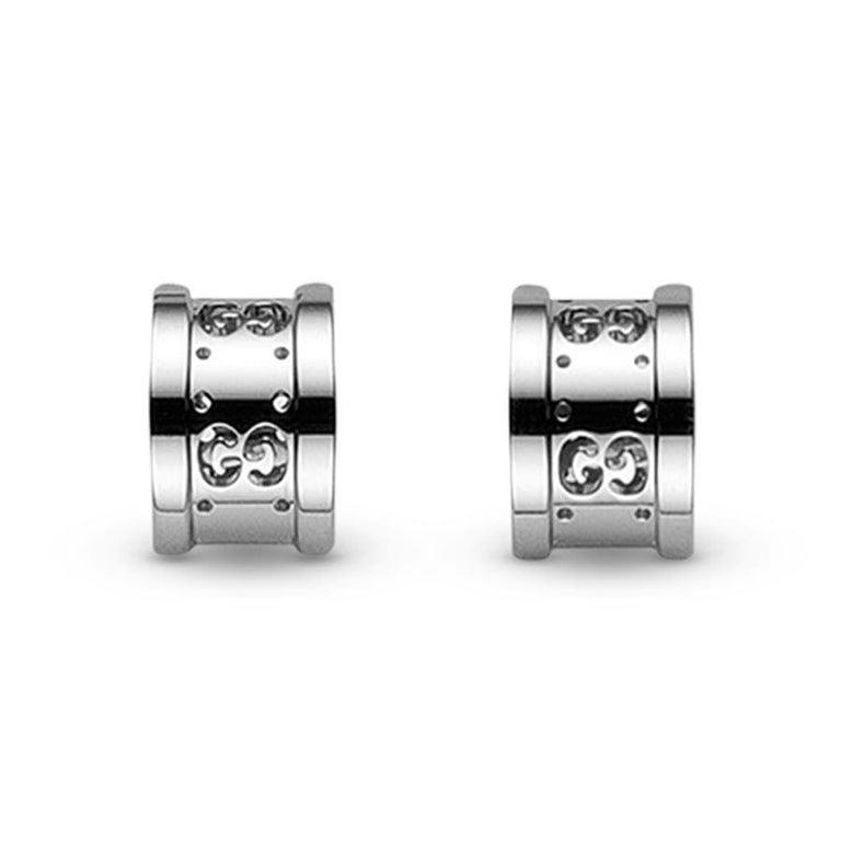 Women's Gucci Icon Stud Earrings with Interlocking G in 18 Karat White Gold YBD223729003 For Sale