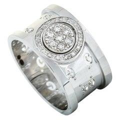 Gucci Icon Twirl 18 Karat White Gold Diamond Band Ring