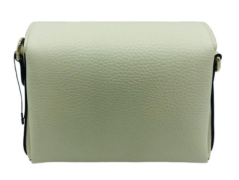 Brown Gucci Interlocking GG Small Crossbody Bag-Cream leather-  New For Sale