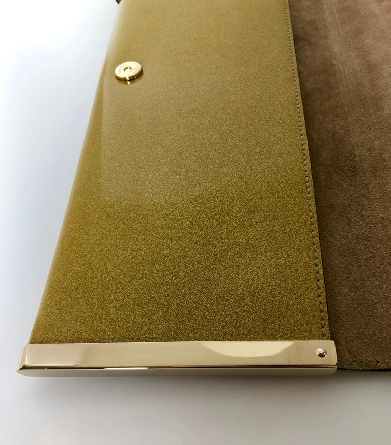 Gucci Iridescent Gold Patent Leather Elongated Clutch with Gold Metal Accents For Sale 8