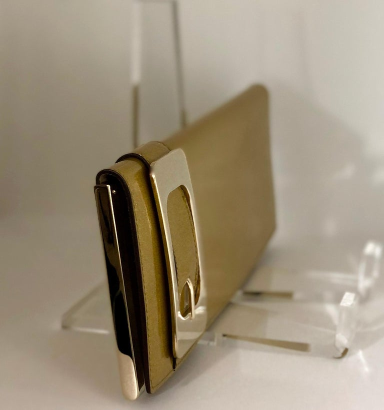 Gucci Iridescent Gold Patent Leather Elongated Clutch with Gold Metal Accents For Sale 4