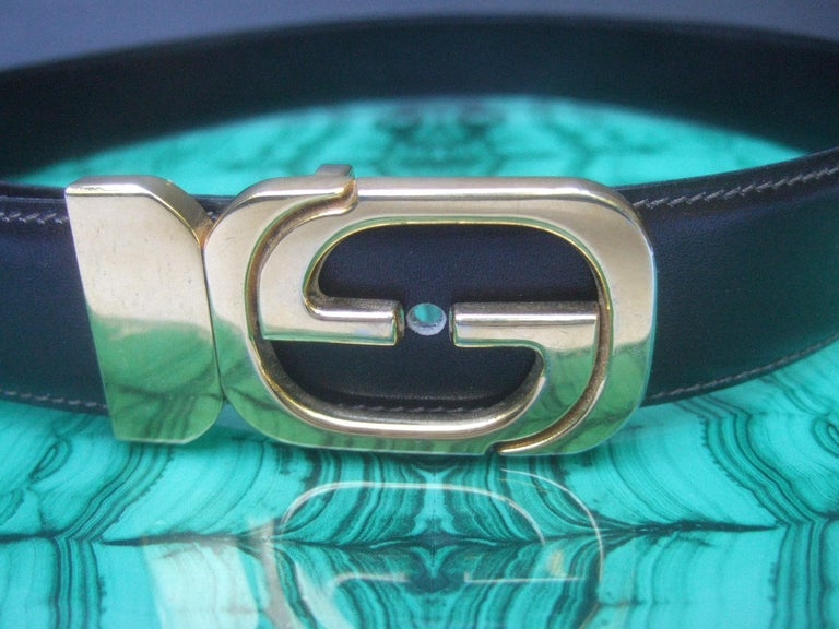 Gucci Italy Black & Brown Reversible Leather Unisex Belt c 1980s In Good Condition For Sale In Santa Barbara, CA