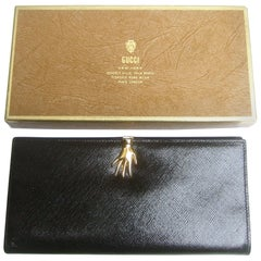 Gucci Italy Ebony Black Leather Hand Clasp Wallet in Presentation Box c 1970s