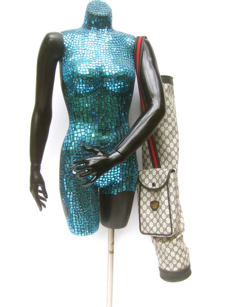 Gucci Italy Extremely Rare Blue G G Monogram Compact Size Golf Bag c 1980s In Good Condition For Sale In Santa Barbara, CA
