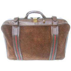 Gucci Italy Luxurious Chocolate Brown Suede Webbed Striped Travel Case c 1970s
