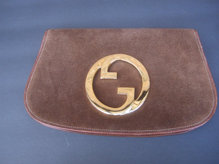 Gucci Italy Rare Brown Suede Blondie Clutch c 1970s  In Good Condition For Sale In Santa Barbara, CA