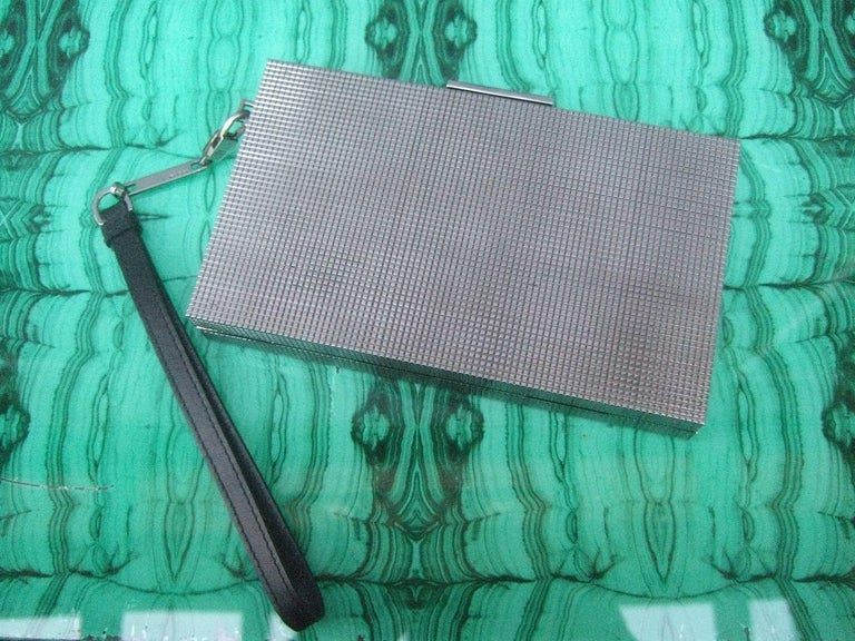 Gucci Italy Sleek Silver Metal Minaudière Wristlet Clutch Tom Ford Era c 1990s For Sale 13