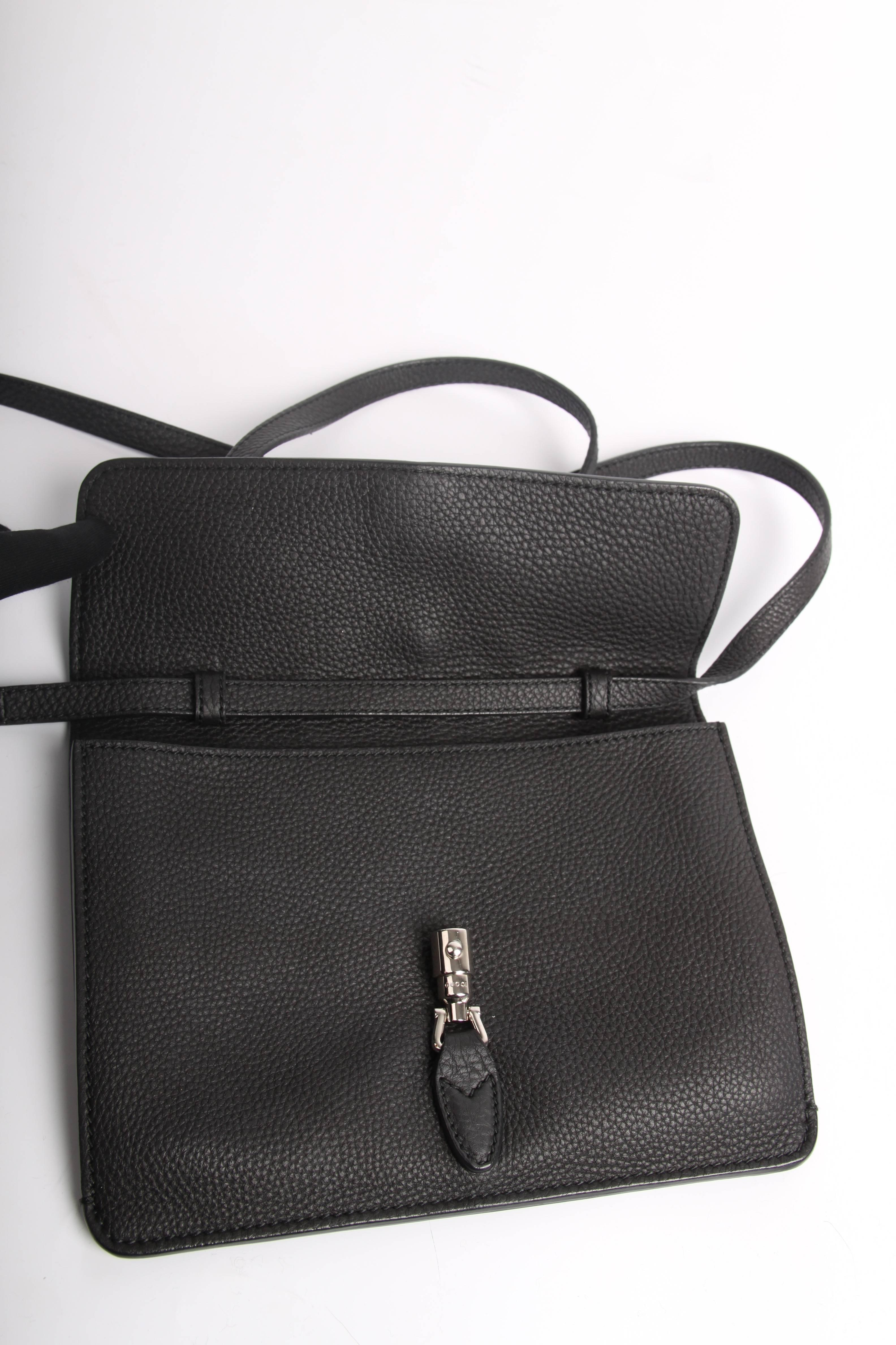 74ab2e47fd1 Gucci Jackie Soft Flap Convertible Wallet Bag - black at 1stdibs
