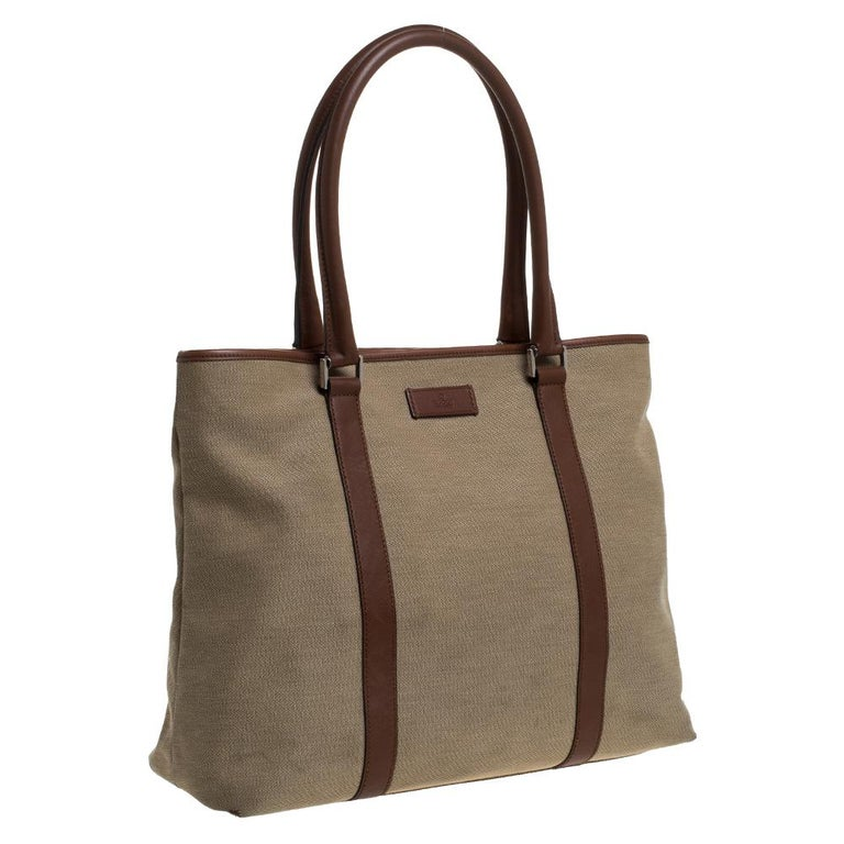 Women's Gucci Khaki Canvas and Leather Shopper Tote For Sale