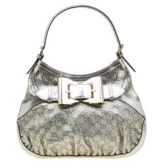 Gucci Hellgold Guccissima Leder Medium Queen Hobo
