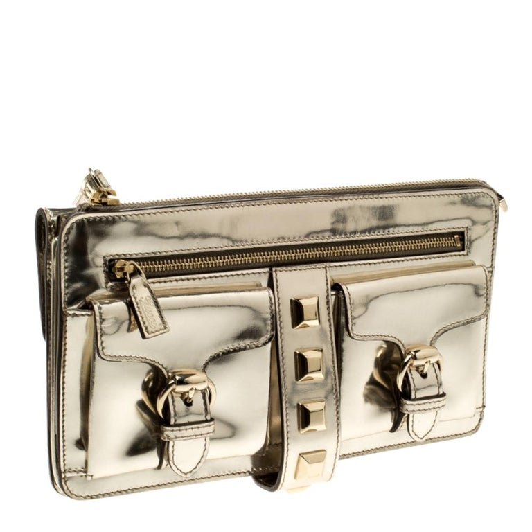 Women's Gucci Light Gold Patent Leather Studded Evening Wristlet For Sale