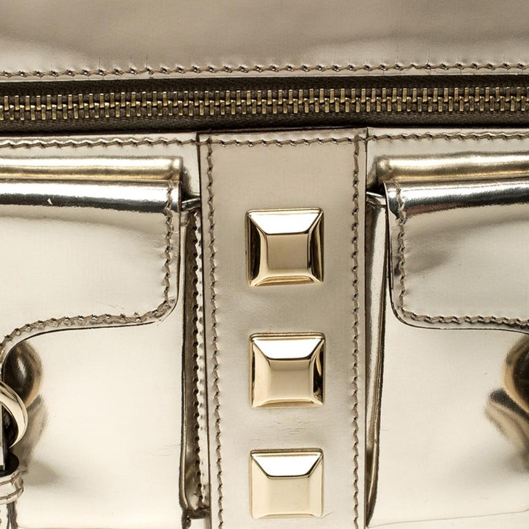Gucci Light Gold Patent Leather Studded Evening Wristlet For Sale 2