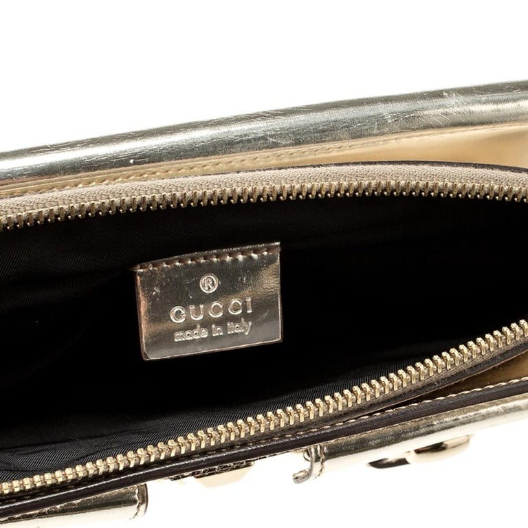 Gucci Light Gold Patent Leather Studded Evening Wristlet For Sale 3