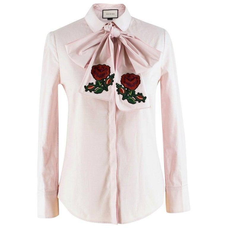 50fd2d35c29555 Gucci Light pink bow-embellished shirt US 0-2 For Sale at 1stdibs