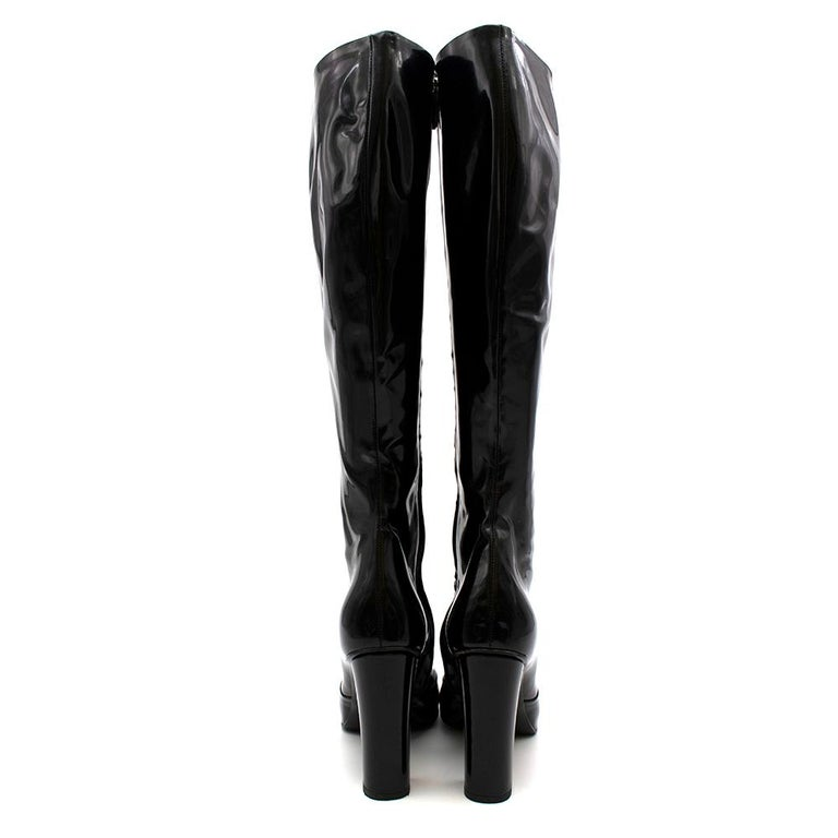Women's or Men's Gucci Lillian Horsebit Black Patent Heeled Boots 39.5 For Sale