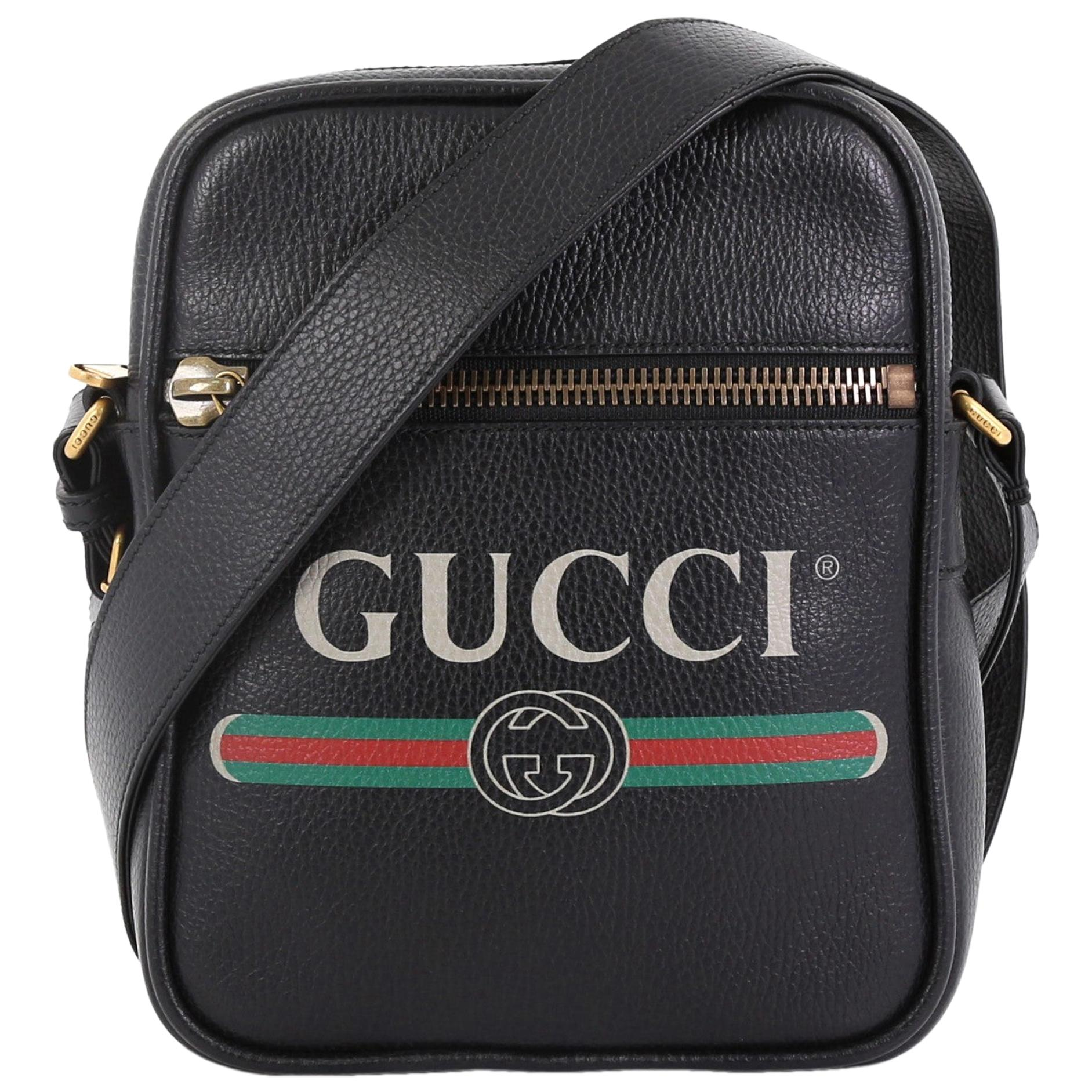 ec49a0e7b991 Gucci Logo Bags - 263 For Sale on 1stdibs