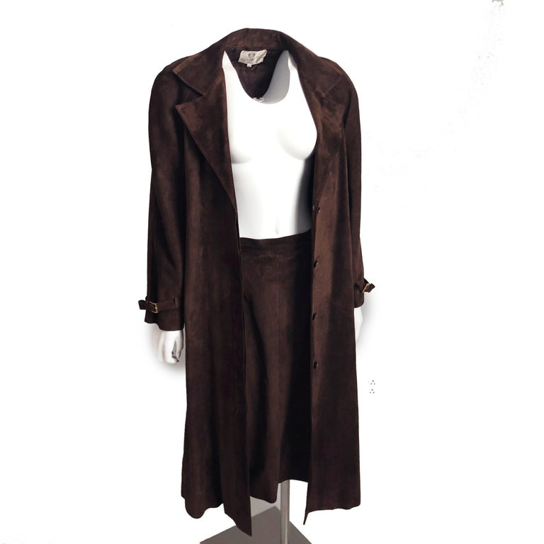 Women's Gucci Long Textured Suede Coat with Matching Skirt 2pc Set Vintage Sz 42/46  For Sale