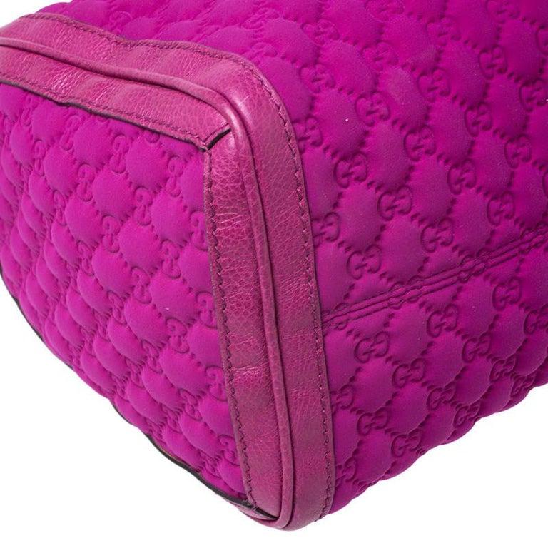 Gucci Magenta Guccissima Neoprene and Leather Medium Techno Tag Boston Bag For Sale 3