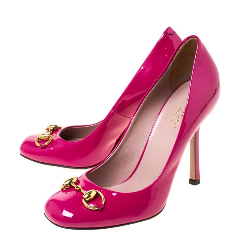 Gucci Magenta Patent Leather Jolene Horsebit Pumps Size 36 For Sale 1