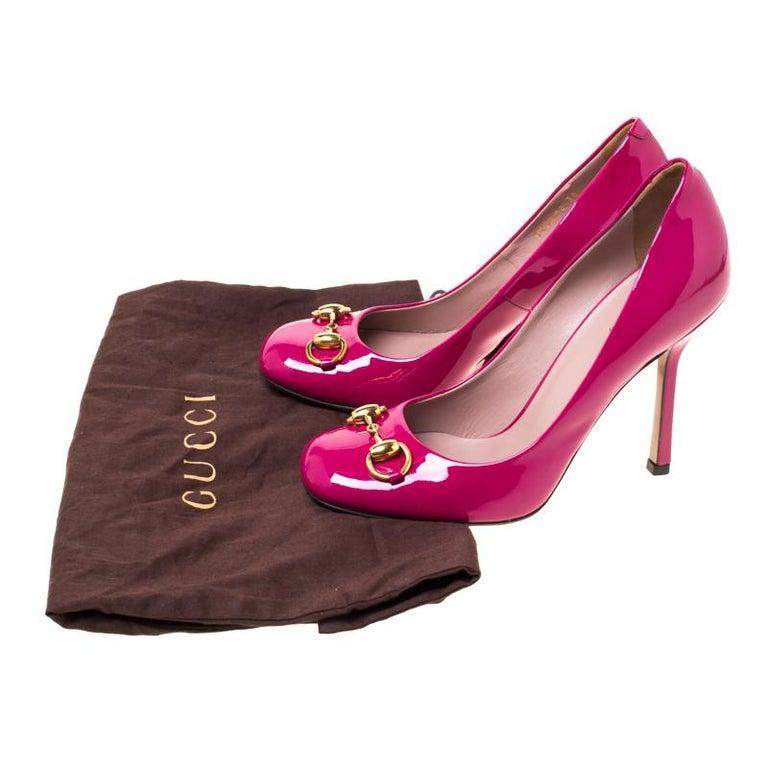 Gucci Magenta Patent Leather Jolene Horsebit Pumps Size 36 For Sale 3