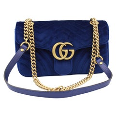 Gucci Marmont GG handbag in dark blue velvet.