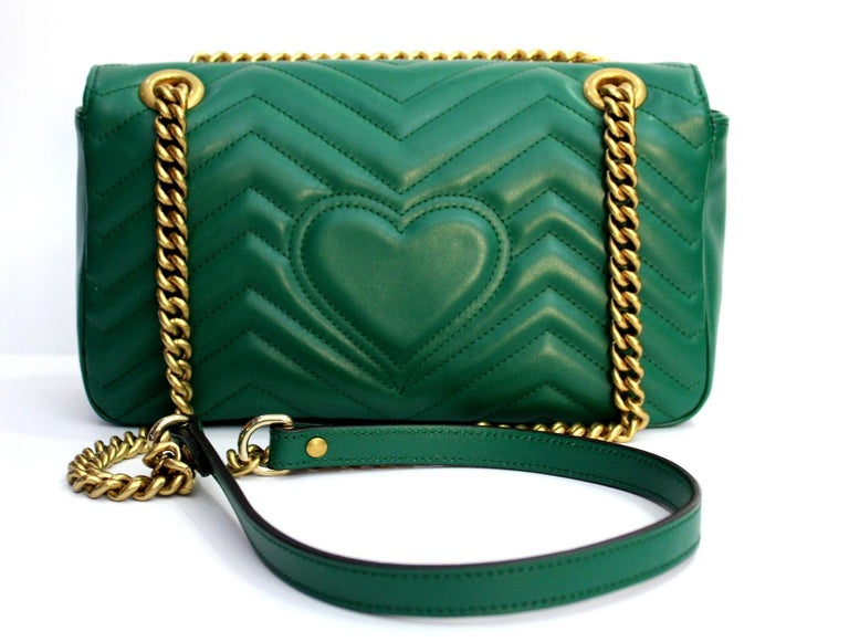 91a8ff0c65af14 Gucci Marmont Green Leather Crossbody / Shoulder Bag In Excellent Condition  For Sale In Torre Del