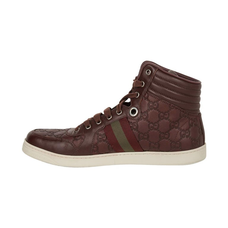 Gucci Men's Leather Logo Embossed High Top Sneakers 9G / 10.5 USA For Sale 1