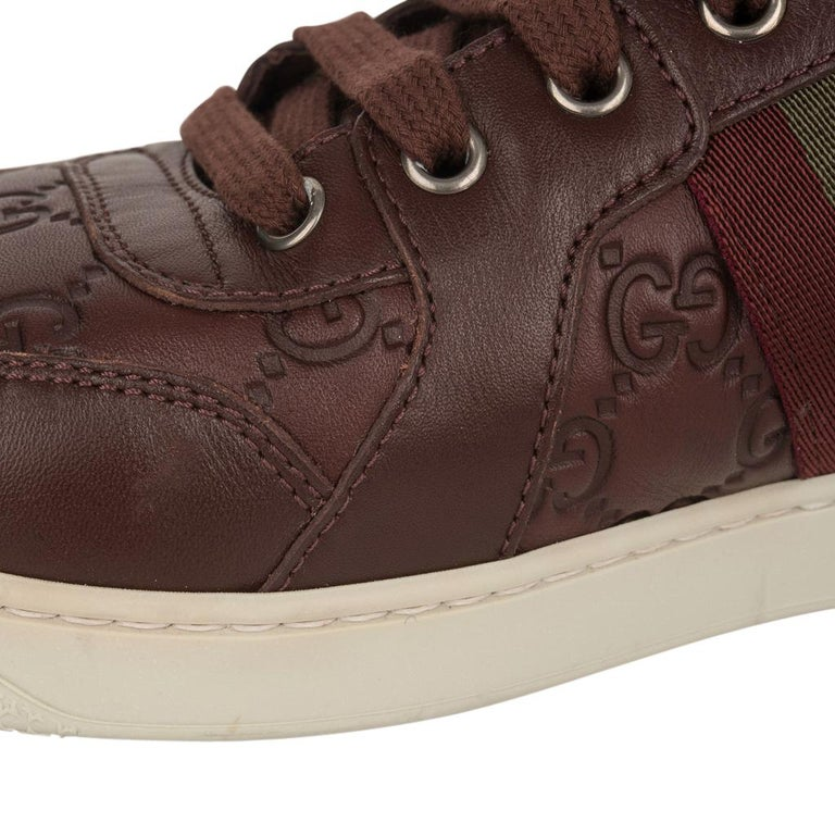 Gucci Men's Leather Logo Embossed High Top Sneakers 9G / 10.5 USA For Sale 2
