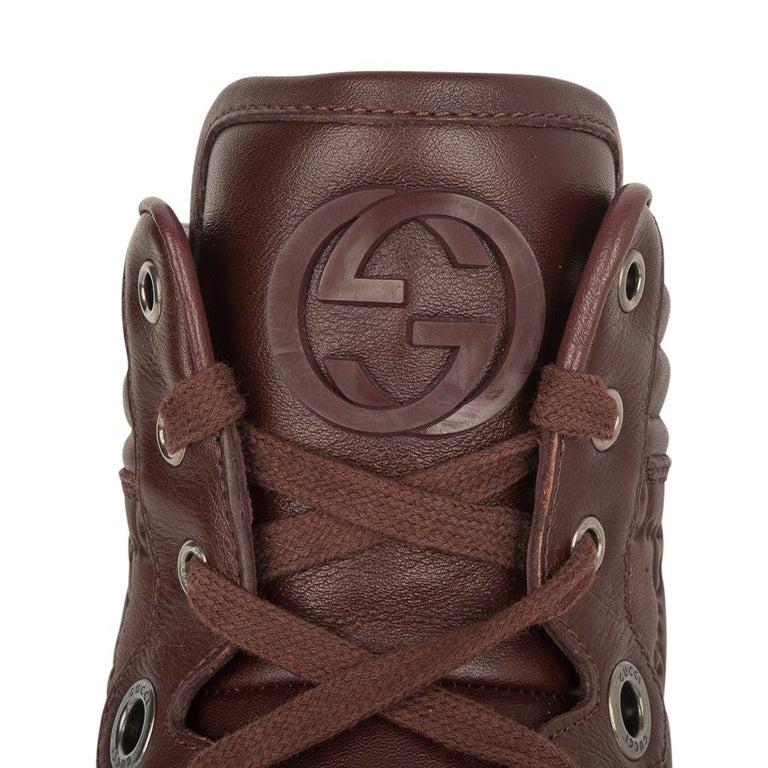 Gucci Men's Leather Logo Embossed High Top Sneakers 9G / 10.5 USA For Sale 3
