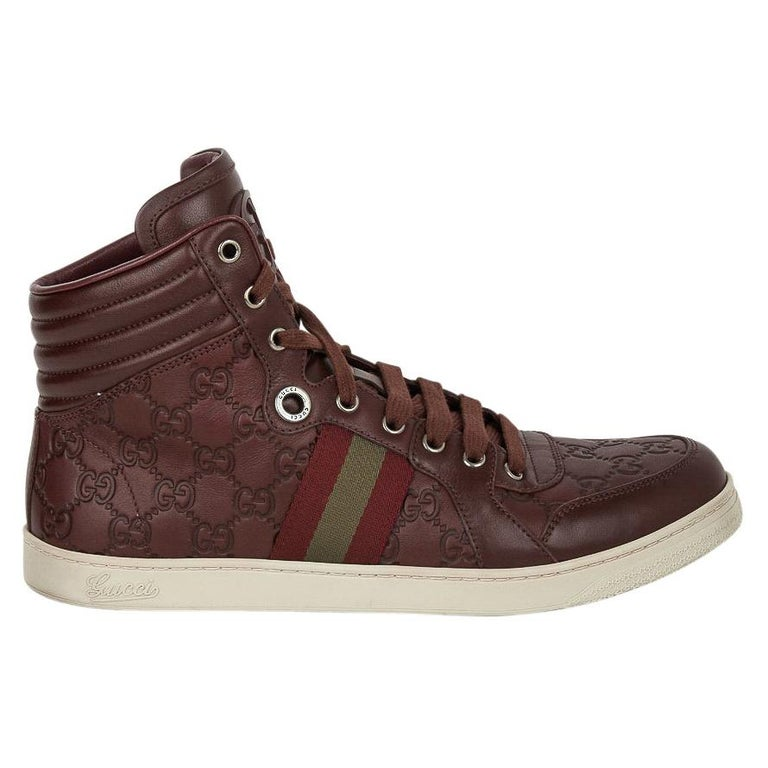 Gucci Men's Leather Logo Embossed High Top Sneakers 9G / 10.5 USA For Sale