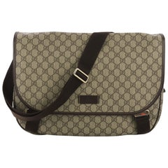 9b9389d0ee0b Vintage Gucci Crossbody Bags and Messenger Bags - 334 For Sale at ...