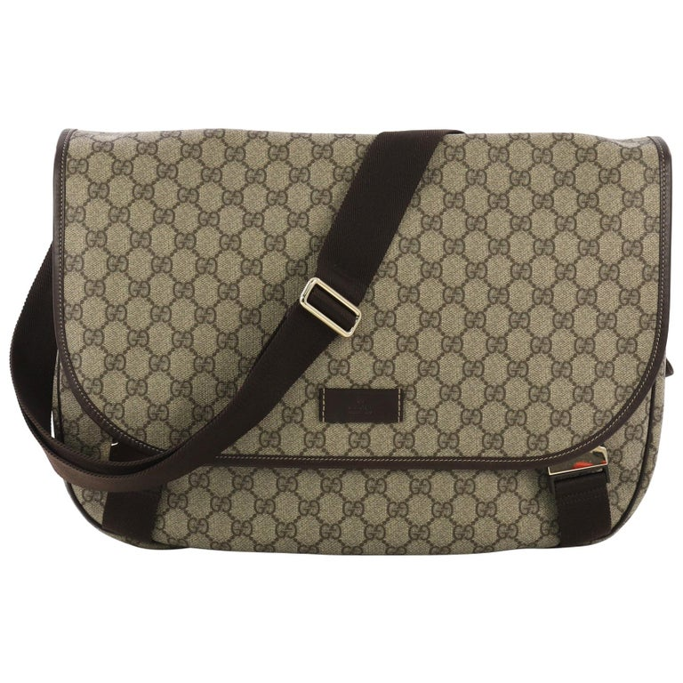 947603539db5 Gucci Messenger Buckle Bag GG Coated Canvas Large For Sale at 1stdibs