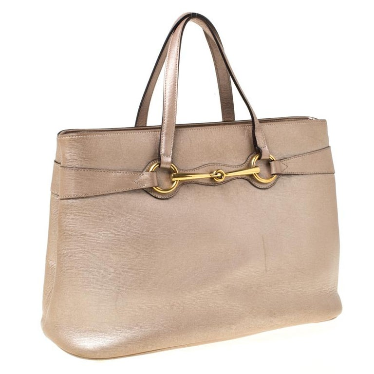 Gucci Metallic Beige Leather Bright Bit Tote For Sale 6