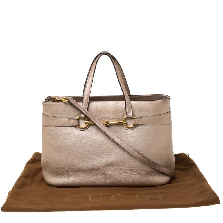 Gucci Metallic Beige Leather Bright Bit Tote For Sale 8