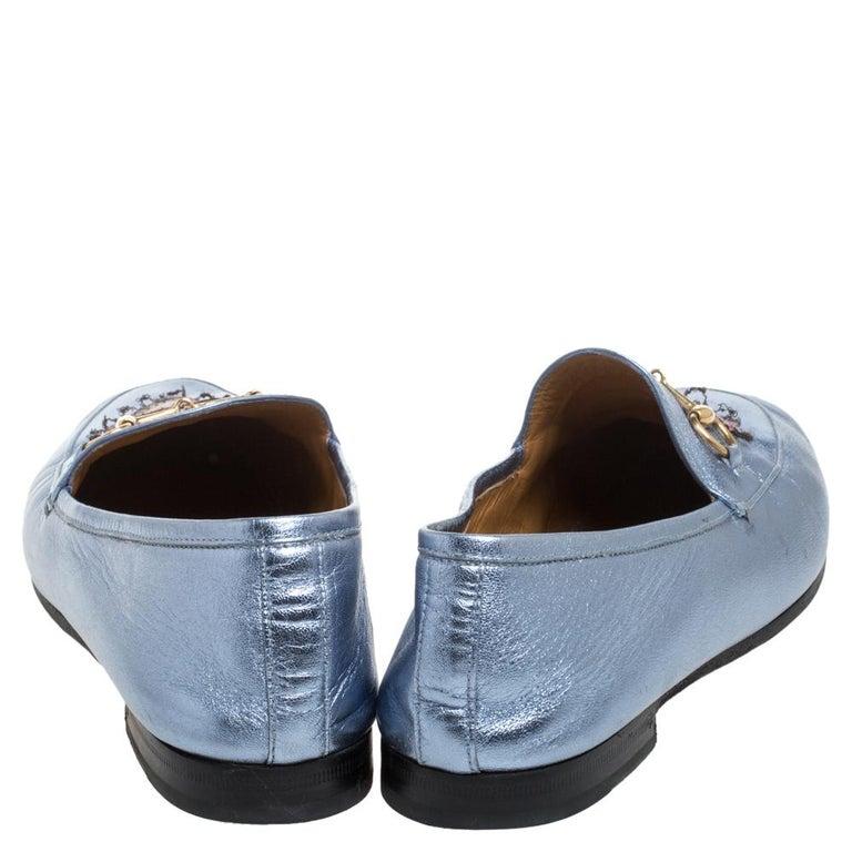 Gucci Metallic Blue Leather Jordaan Horsebit Slip On Loafers Size 40 In Good Condition For Sale In Dubai, Al Qouz 2
