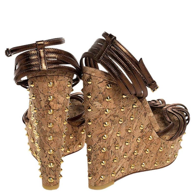 Gucci Metallic Brown Leather Studded Cork Wedge Platform Sandals Size 38 For Sale 1
