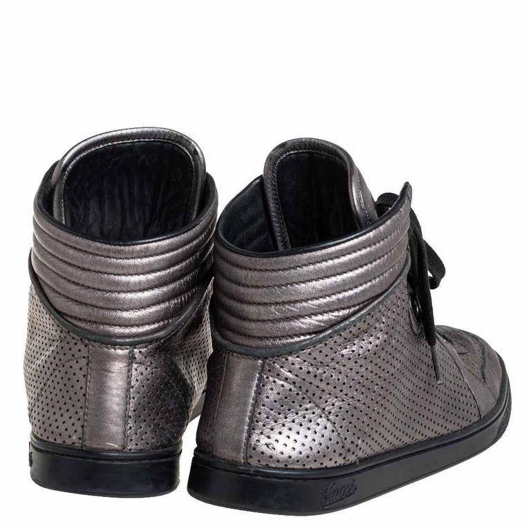 Men's Gucci Metallic Grey Leather High-Top Sneakers Size 37 For Sale