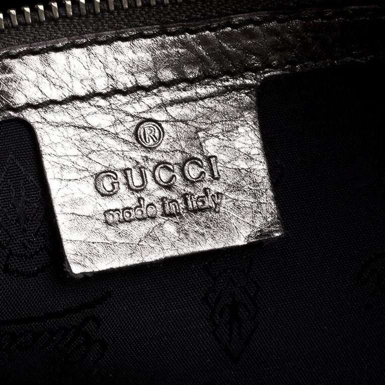 Gucci Metallic Grey Leather Large Hysteria Clutch For Sale 5
