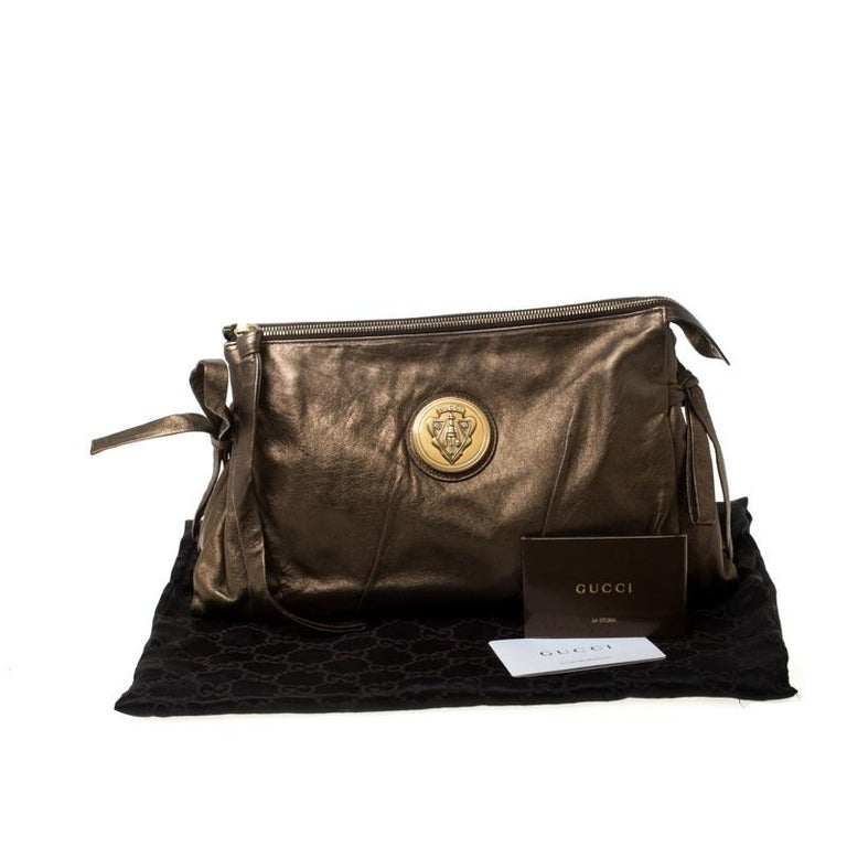 Gucci Metallic Olive Leather Large Hysteria Clutch For Sale 7