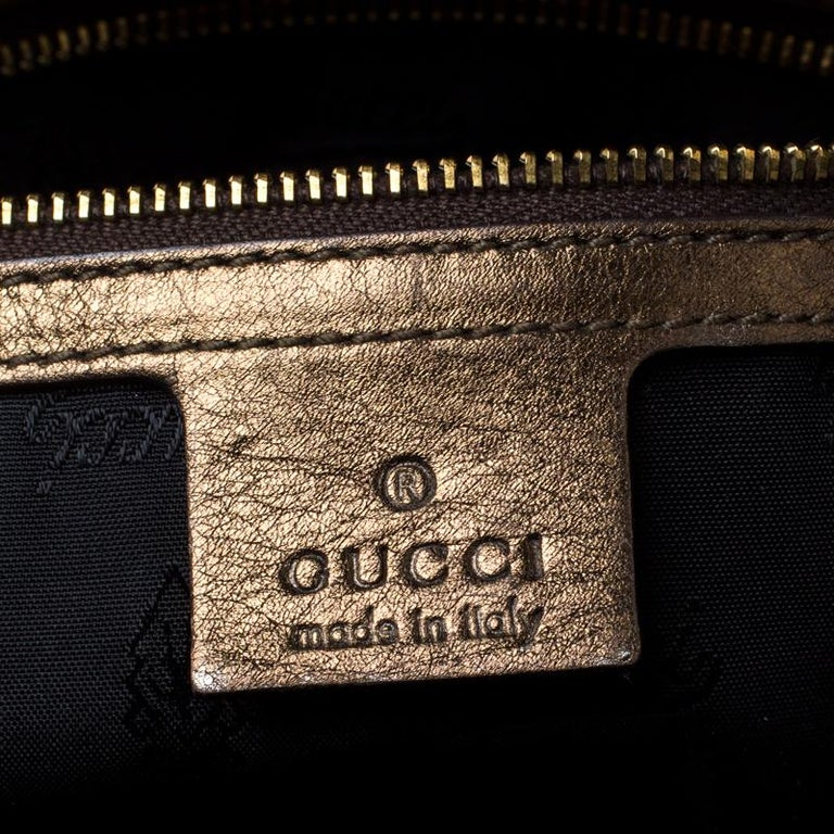 Gucci Metallic Olive Leather Large Hysteria Clutch For Sale 2
