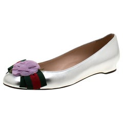 Gucci Metallic Silver Leather Web Bow Rose Detail Ballet Flats Size 36