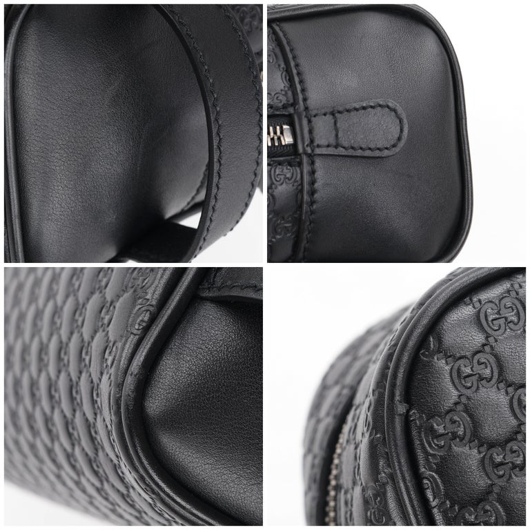 """GUCCI """"Microguccissima"""" Black Embossed Leather Zip Cosmetic Toiletry Travel Bag For Sale 7"""