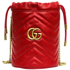 Gucci Mini bucket Marmont shoulder bag