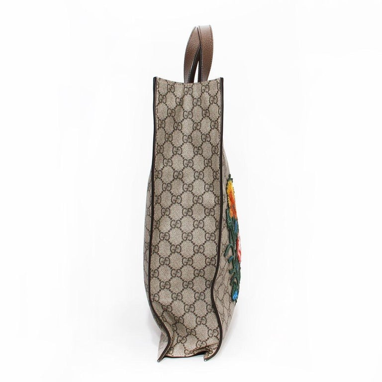 Women's or Men's Gucci Monogram Floral Canvas Tote For Sale