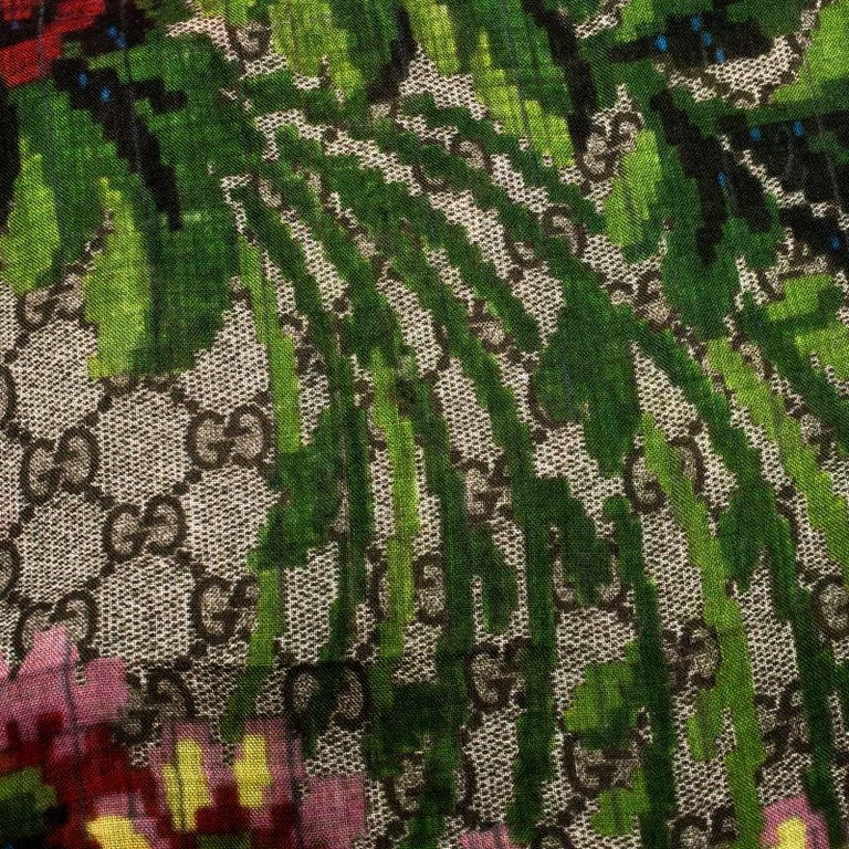Gucci Multicolor Flower Vase Print Silk Modal Scarf In Excellent Condition For Sale In Dubai, Al Qouz 2