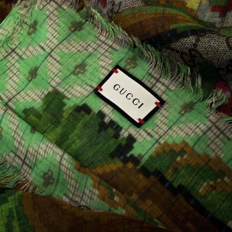 Women's Gucci Multicolor Flower Vase Print Silk Modal Scarf For Sale